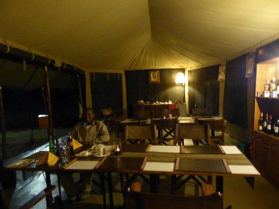Serengeto Osupuko Tented Camp: Tent