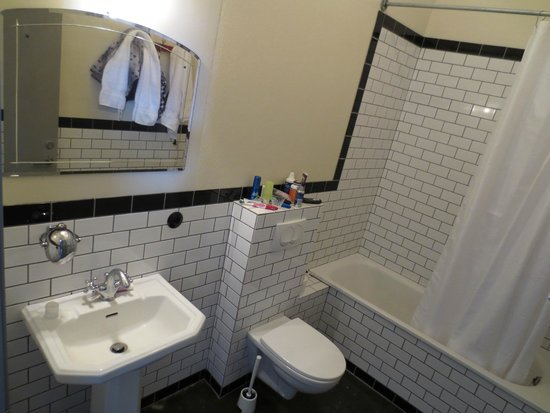 Kex Hostel Bathroom Room 306