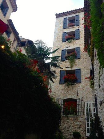Hotel Le Saint Paul: property