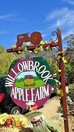 Willowbrook Farm: Front Entrance