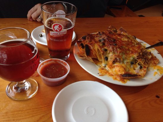 Long Trail Brewing Company: Chicken nachos with amber ale and imperial pumpkin.
