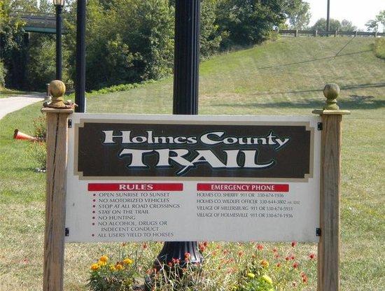 Holmes County Trail: Northern trail head in Fredericksburg, Ohio