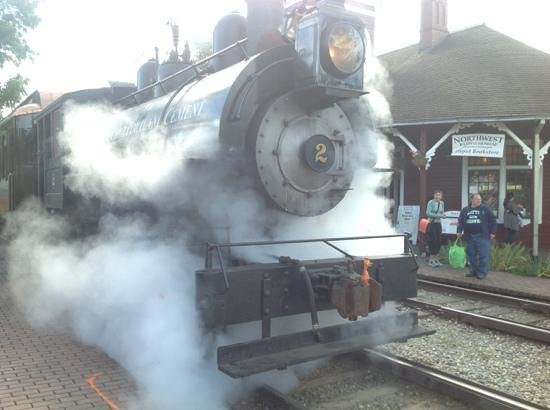 Northwest Railway Museum : All Steamed Up
