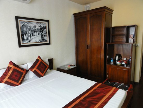 Golden Spring Hotel: ma chambre 301