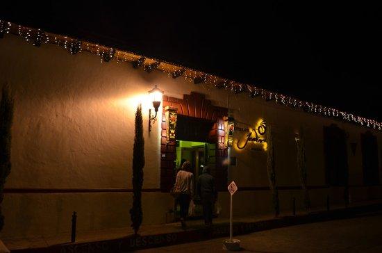 Hotel Jardines del Centro: Вид на отель с улицы