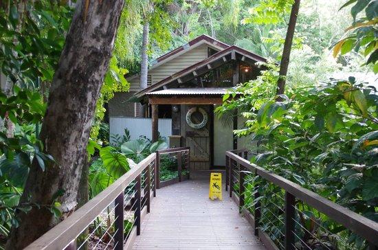 Ramada Resort Port Douglas: Grounds
