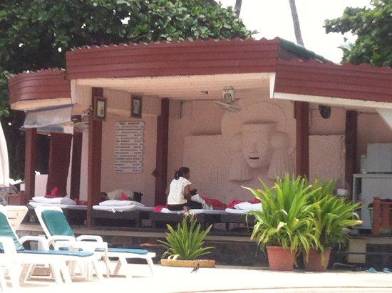 Chaba Samui Resort: Massage area