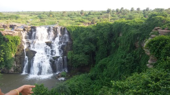 Nagarjuna Sagar, Ấn Độ: Water Falls