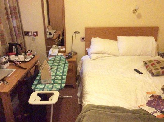 Best Western Oxford Linton Lodge Hotel: Small bedroom