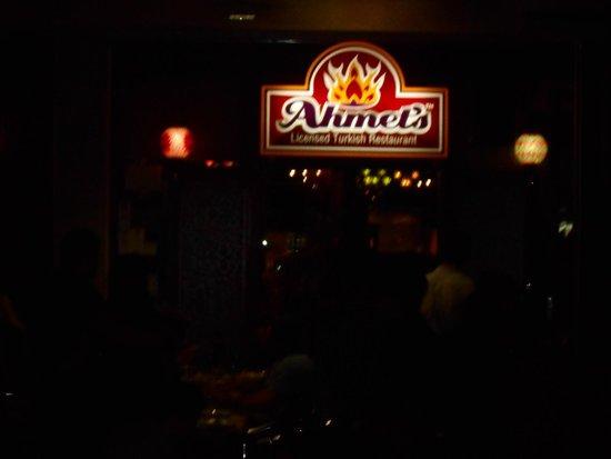 Ahmet's Turkish Restaurant: Approaching Ahmet's Restaurant on Grey Street