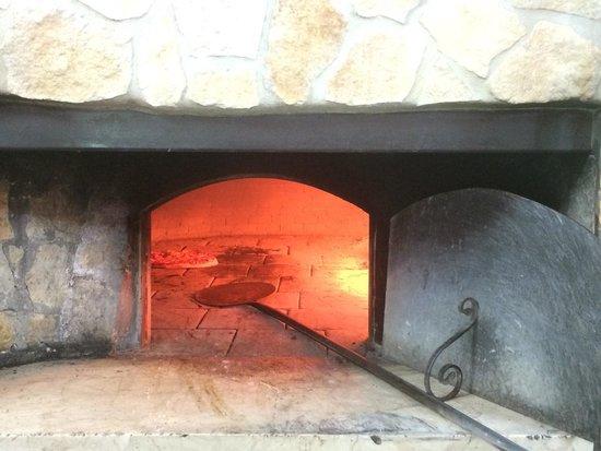 Pizza E Sfizi : Cuisson de la pizza
