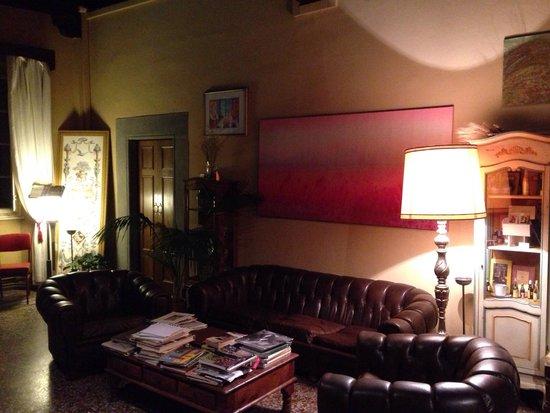 Bed & Breakfast La Romea: Splendido salone d'ingresso