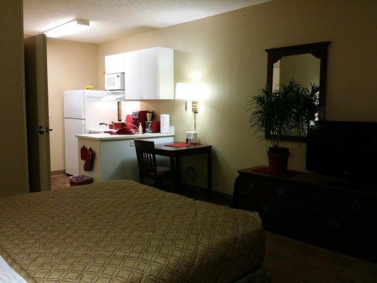 Extended Stay America Hotel Detroit Roseville