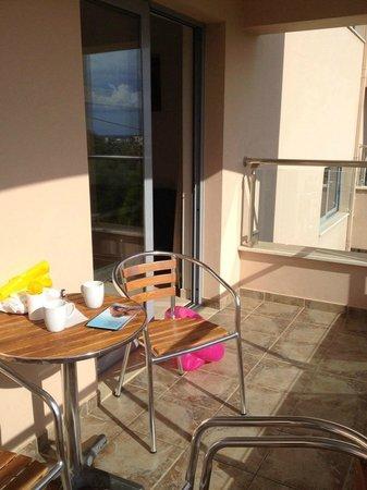 Hotel Isida : Balcony