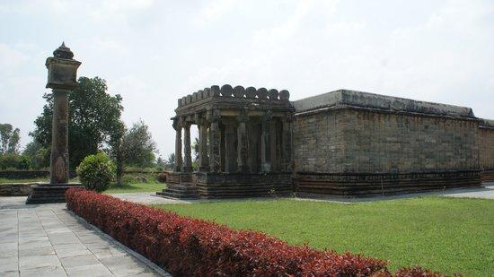 Halebid, Indien: Temple complex