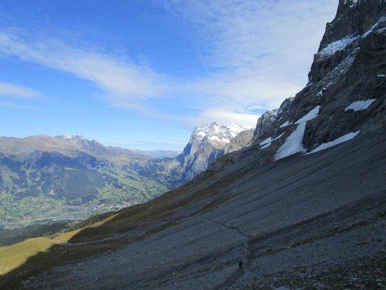Grindelwald, Suíça: Es kann im Schatten kalt werden, Warme Sachen mitnehmen!