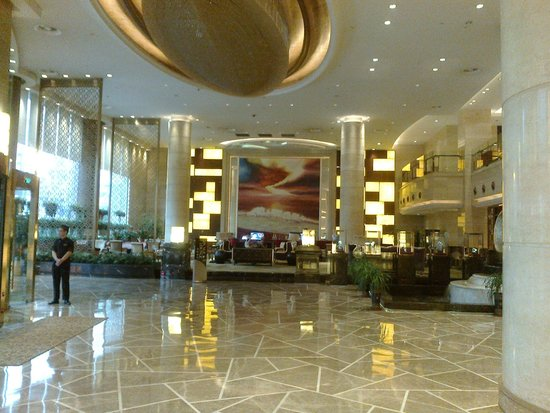 Jinjiang Grand Hotel: la hall