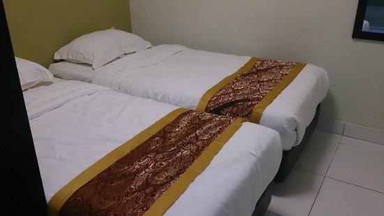 Bayu Marina Resort: bedroom 2