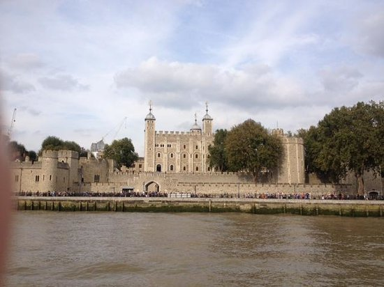 Ever Growing River Of Poppies Picture Of Tower Of London - Tower of london river of poppies