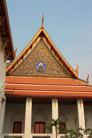 Temple of the Great Relic (Wat Mahathat): Wat Mahathat