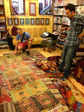 Heritage Nomadic Art Gallery: making decisions