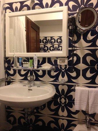 Hotel Palladio: bathroom room 33