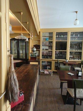 Mercearia da Vila: Mercearia Frühstücksraum und Café