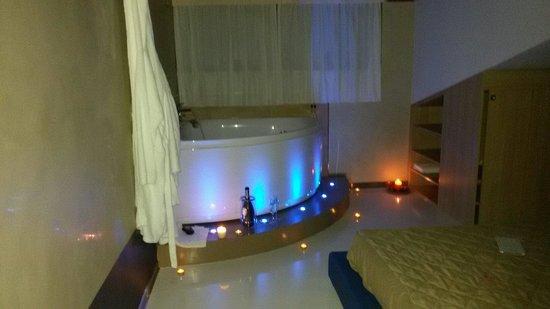Halanus Hotel & Resort: spettacolare jacuzzi suite del acqua