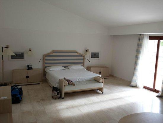 wohn schlafzimmer zimmer 708 picture of grande baia. Black Bedroom Furniture Sets. Home Design Ideas