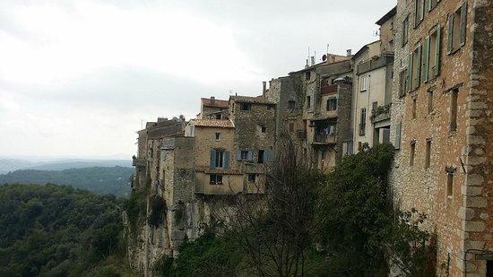 Tourrettes-sur-Loup - Village Medieval : Back  view