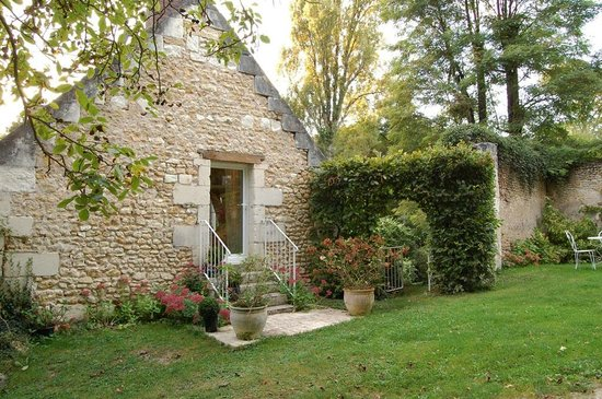 Le Moulin du Mesnil : The entrance to my top of the line room