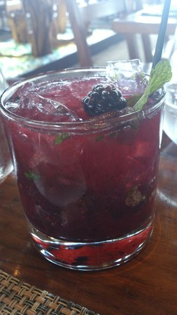 Boa Steakhouse: Belvedere and Blackberry Mojito