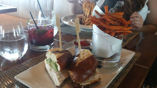 Boa Steakhouse: Turkey and Avocado Brioche