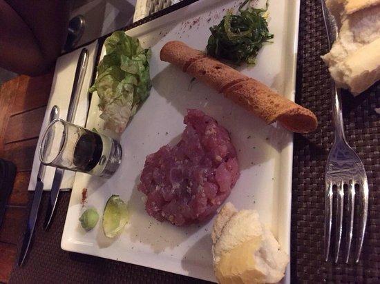 Restaurant Hotel La Toubana : Tartare de thon une tuerie