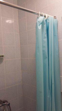 Saint Simeon: Shower