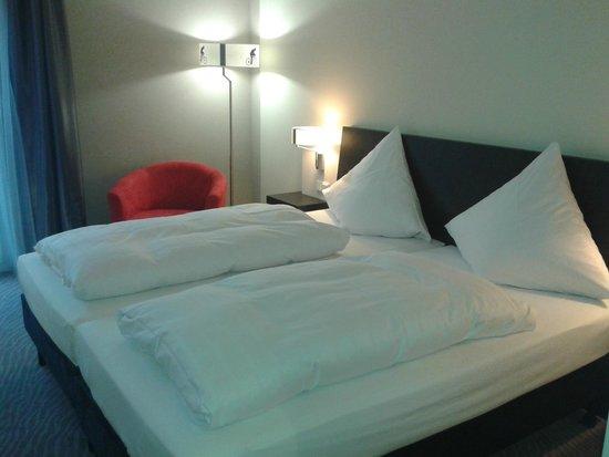 Ramada Innsbruck Tivoli: Zimmer ist ok