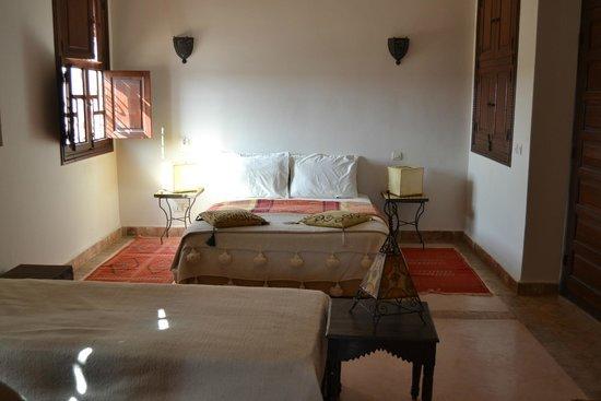 chambre de luxe familiale picture of riad couleur sable marrakech tripadvisor. Black Bedroom Furniture Sets. Home Design Ideas