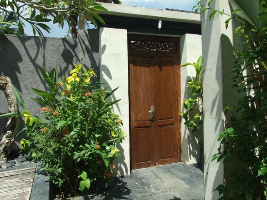 Villa Bali Zen Kerobokan: L'entrée