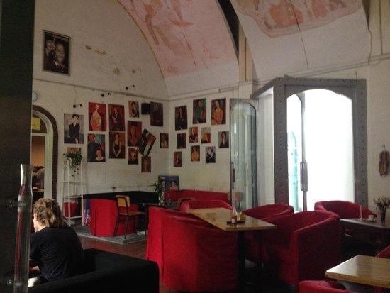 Traffic Inn: Dining Area