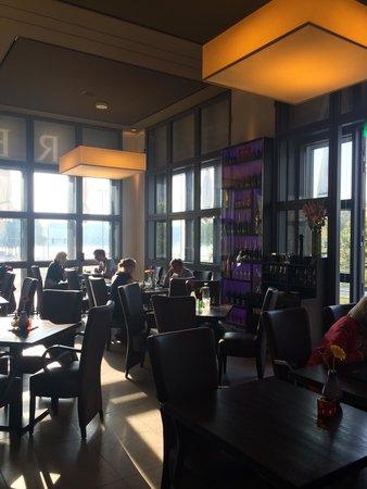 CUBE Cafe.Bar