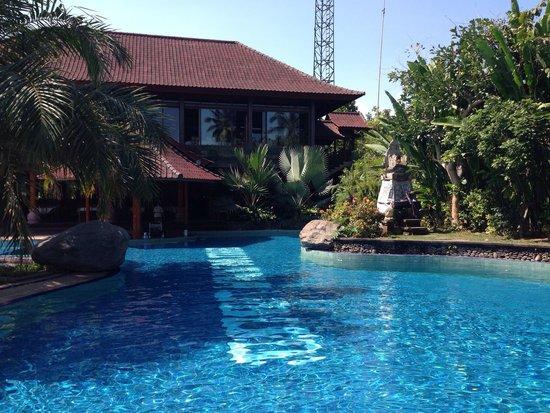 Bhuwana Ubud Hotel: Great pool