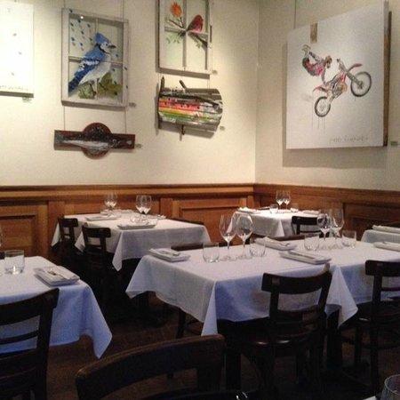 Le Clocher Penche Restaurant: vue intérieur du resto