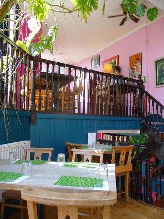 Thali Cafe Clifton: The interior