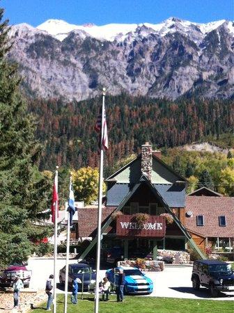 Twin Peaks Lodge & Hot Springs: Little Switzerland at Twin Peaks
