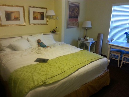 Holiday Inn Club Vacations Fox River Resort: bed in adjoining room