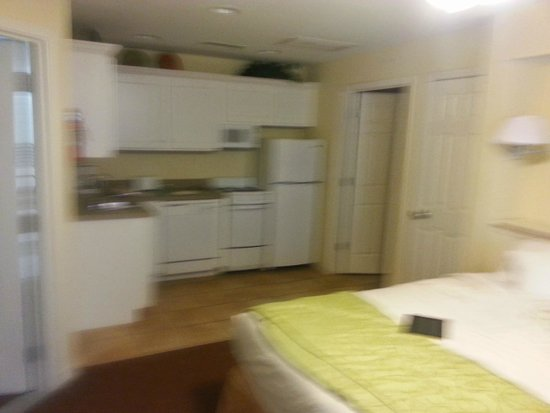 Holiday Inn Club Vacations Fox River Resort: fuzzy picture of kitchen in adjoining room