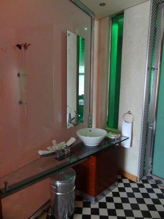 African Pride Melrose Arch Hotel: Salle de bains