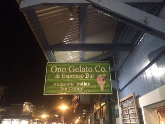 Ono Gelato Company Lahaina : out front
