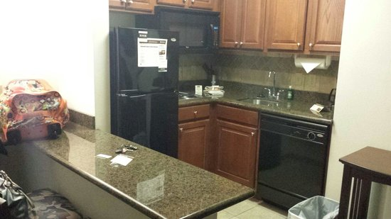 Staybridge Suites Gulf Shores: Kitchenette