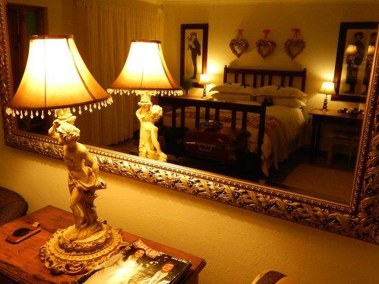 Village Trading Post: Prachtige kamer, liefdevolle ontvangst...